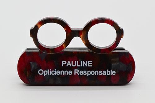 Pauline et son badge, équipe et responsable
